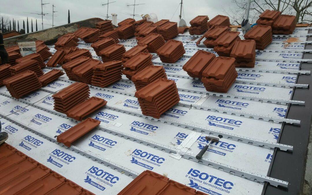 Rifacimento coperture e tetti . Pannelli isotec per proteggere la tua casa . Isolamento termico.  Disponiamo Dell ingegnere termotecnico per il recupero delle detrazioni fiscali e pratiche Enea.  Rinnovakasa.it protegge e ristruttura la tua casa come se fosse la sua. Garanzia di qualità in ogni lavoro .